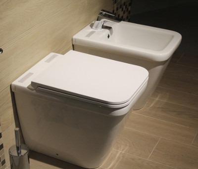 Notre solution pour d tartrer et d sinfecter les wc - Tartre au fond des toilettes ...